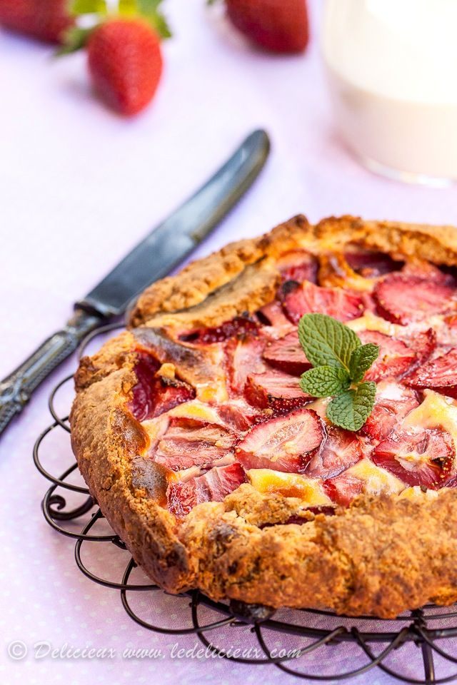 Strawberry galette | Delicieux