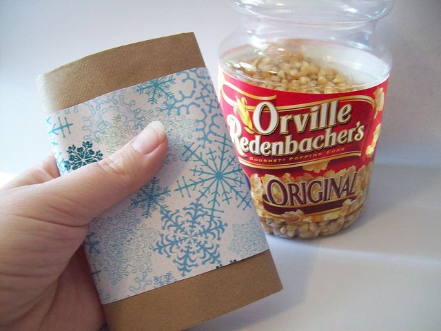 Enjoy the show: How to make a homemade microwave popcorn favor
