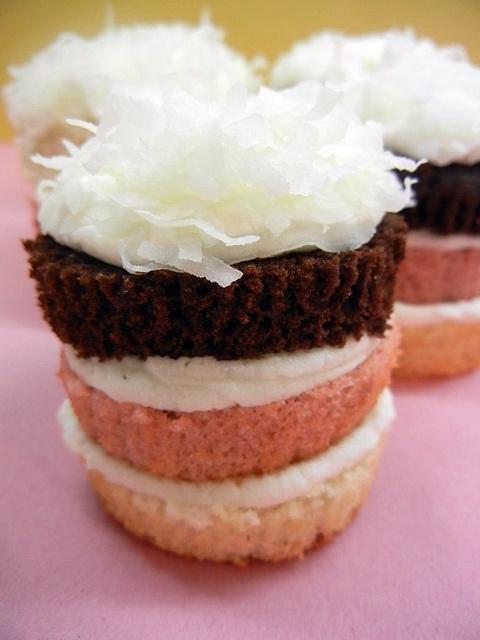 Neapolitan cupcake | Wedding Cupcakes | Pinterest