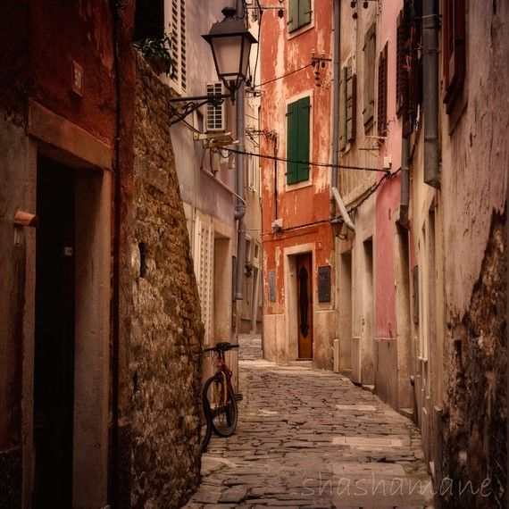 Bicycle alley, Slovenia, Italian style alleys 5x5 Fine art photography ...