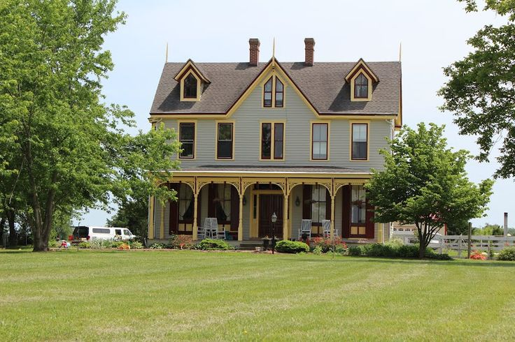 Beautiful farm houses google search dream homes for Dream house finder