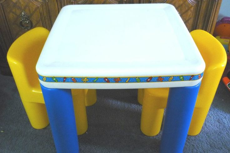 little tikes child size table 2 chairs pick up il euc. Black Bedroom Furniture Sets. Home Design Ideas