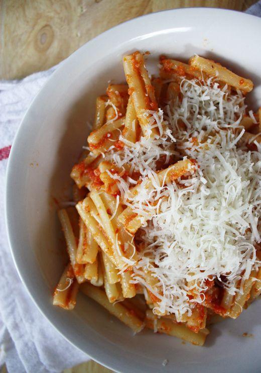 sun-dried tomato & almond pesto | cook me | Pinterest