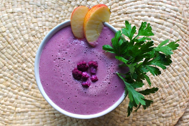 Raw purple cauliflower soup | Food photography | Pinterest