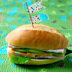 Mini Turkey Sandwiches with Cheddar and Green Apples | 10 Back-to ...