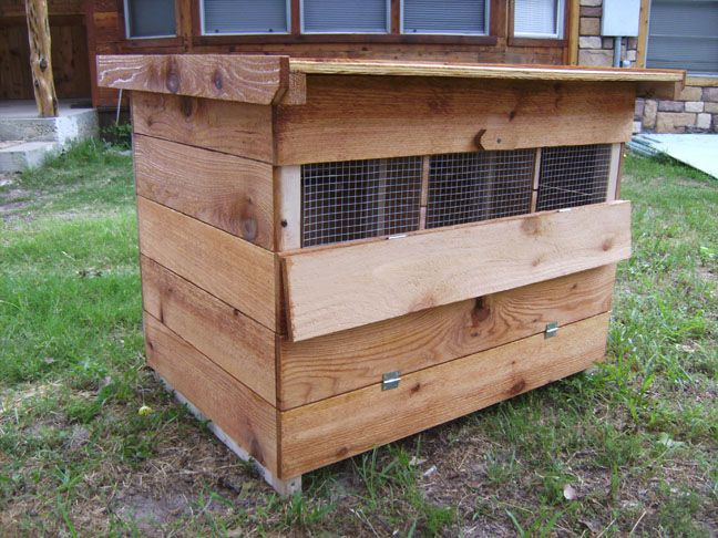 Ventilation in coop chicken stuff pinterest for Chicken coop vent ideas