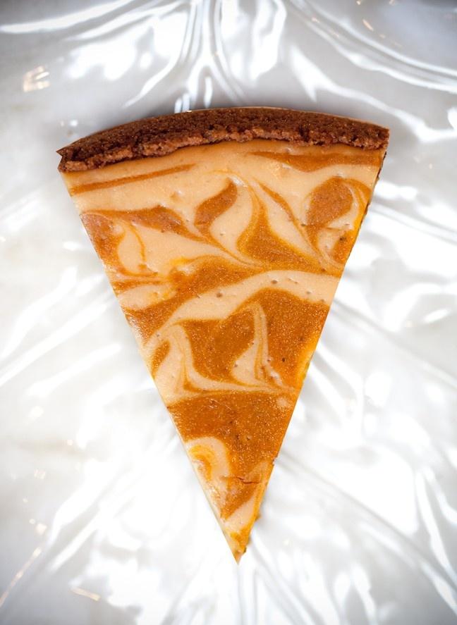 Pumpkin Swirl Cheesecake | Feed me! | Pinterest