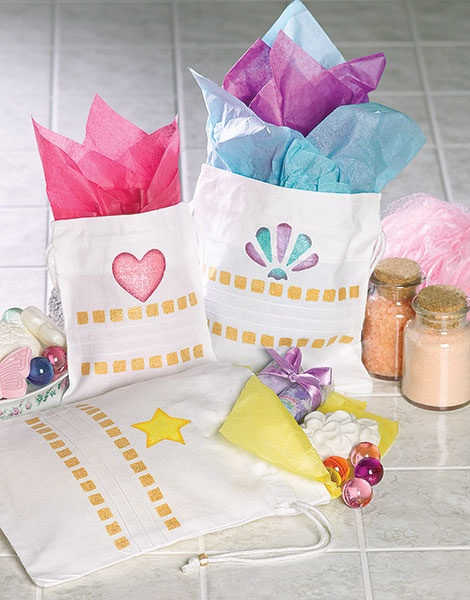 Stenciled Gift Bags | Misc Gift Ideas | Pinterest
