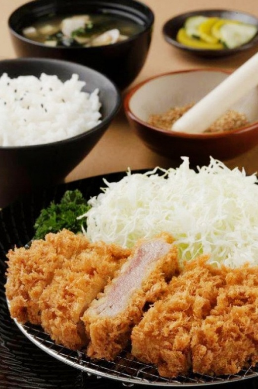 Tonkatsu - Japanese Crispy and Juicy Pork Cutlet