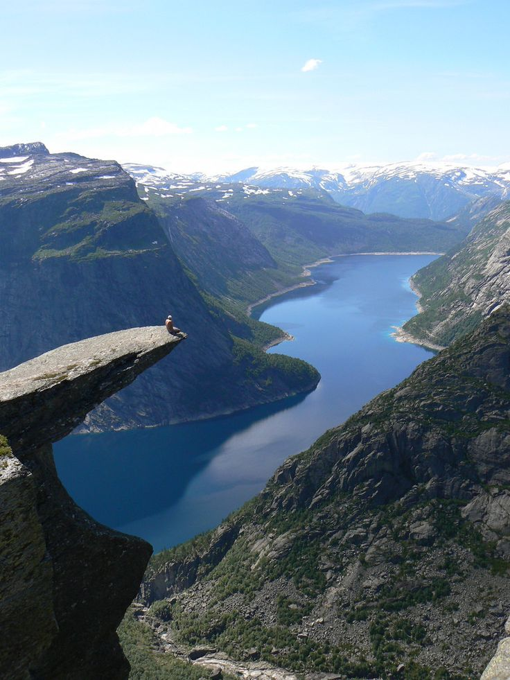 how to get to trolltunga norway