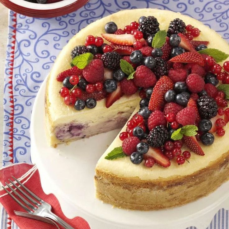 Red-White-Blue Cheese Cake | SUESUE - CAKES ( Cheesecake - Pound Ca…