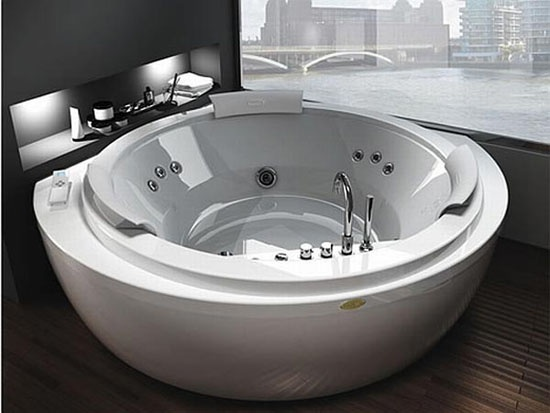 Round jacuzzi tubs dream home pinterest for Small bathroom jacuzzi tub