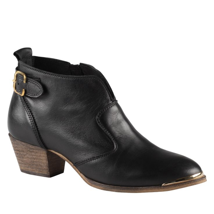 CHAM - women's ankle boots boot. Men's style for women - I'm loving it