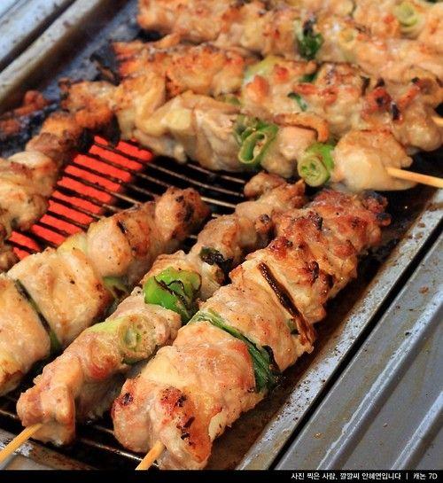 Dakkochi (Korean spicy chicken skewers) | Asian Flavor | Pinterest