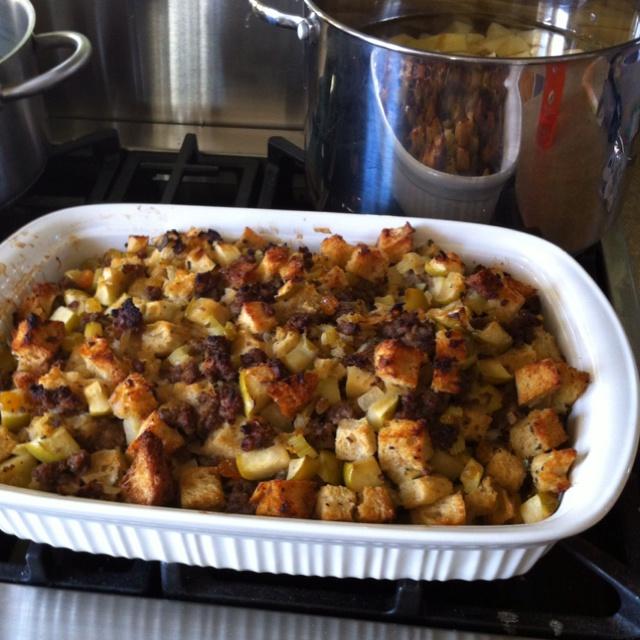 Sausage sourdough and apple stuffing | Fall-apple-pumpkin recipes ...