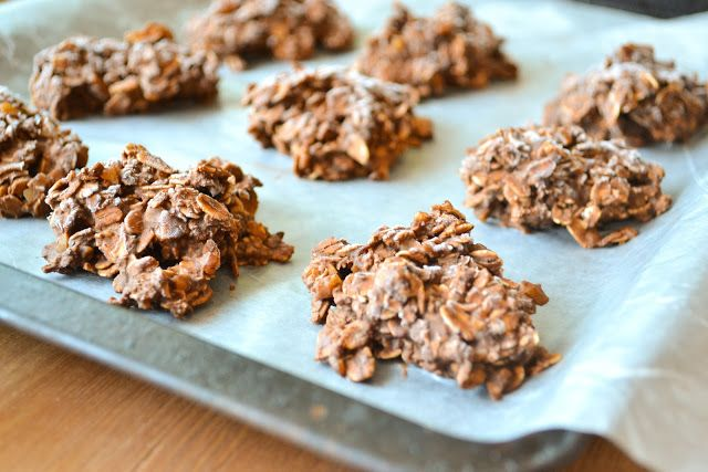 No-Bake Banana Chocolate Cookies with Espresso and Walnuts 16 cookies ...