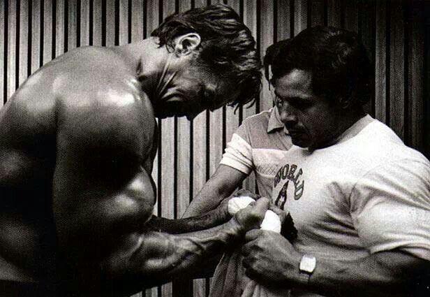 Arnold & Franco pr...