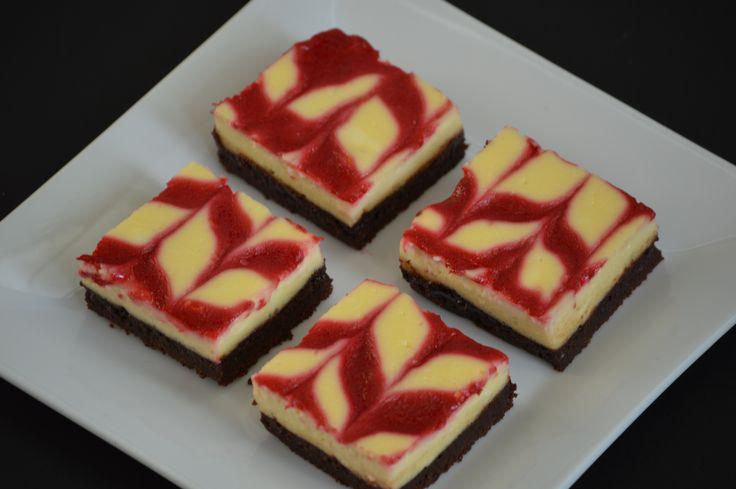 Raspberry Swirl Cheesecake Brownies | BROWNIES | Pinterest