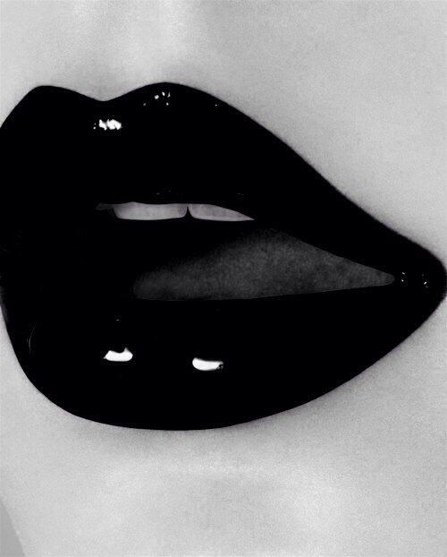 Lips Sexy Black 78
