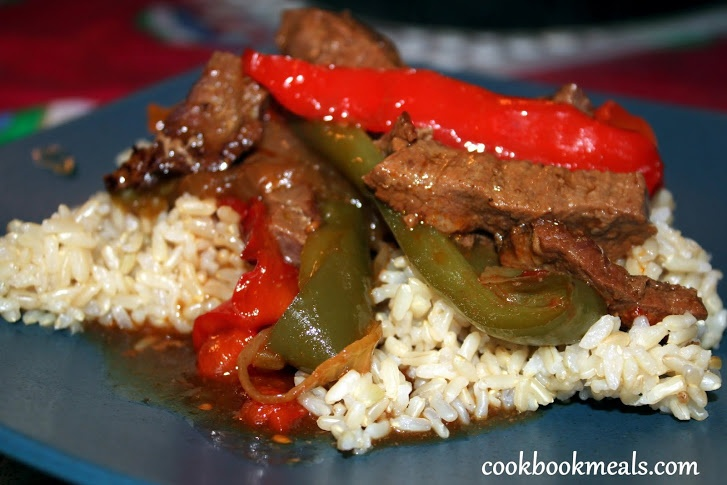 slow cooker pepper steak. | Yummos! | Pinterest