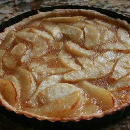 CINNAMON CARAMEL PEAR TART | Dessert & Sweets | Pinterest