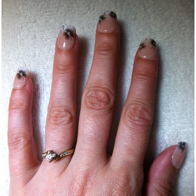 Stick on nails | Wedding Nails | Pinterest
