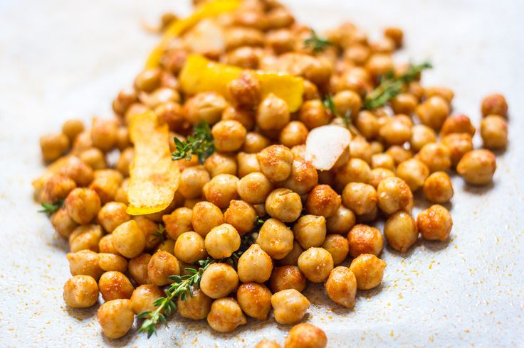 Roasted Chickpeas With Parmesan And Smoked Paprika Recipe — Dishmaps