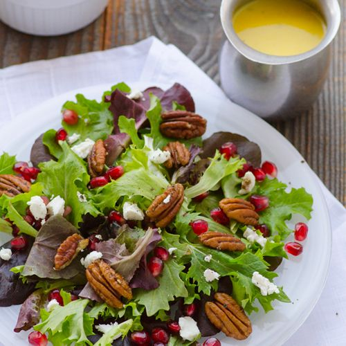 Baby Greens Salad with Pecans, Pomegranate, Goat Cheese & Mango Dress ...