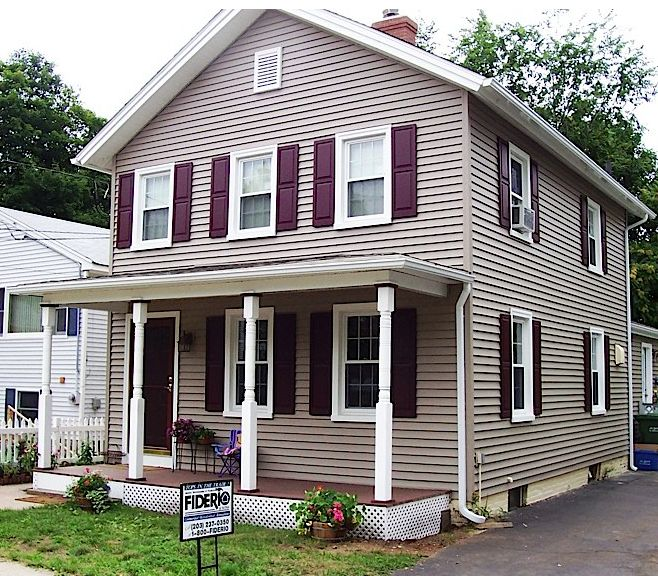 Vinyl siding vs brick for the home pinterest for Brick looking siding