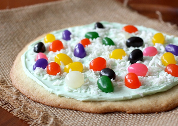 Easter Cookie Pizza | Yummy Funny - Recipes | Pinterest
