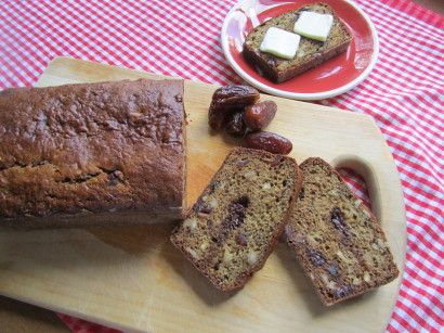 Low-Fat Banana, Date & Nut Bread | Recipe