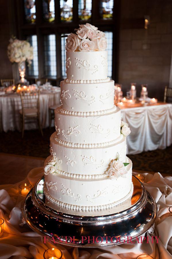 wedding cake university club of chicago