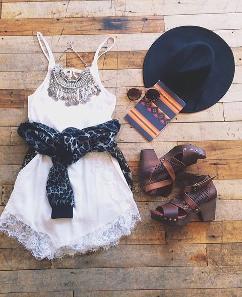 ☮ American Hippie Bohemian Style ~ Boho Summer .. Festival Outfit!