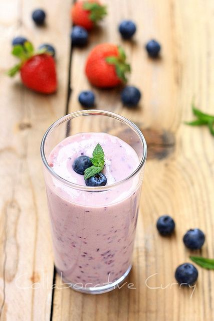 berry banana smoothie | Smoothie Recipes ~ Great any time of the Day ...