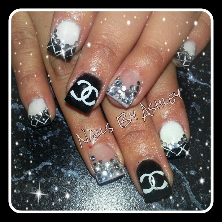 Chanel inspired rhinestone black and white gel nails: pinterest.com/pin/284641638922865200