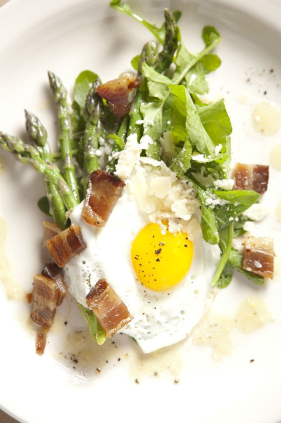... With A Fried Egg And Bacon Jam Vinaigrette Drizzle Recipe — Dishmaps