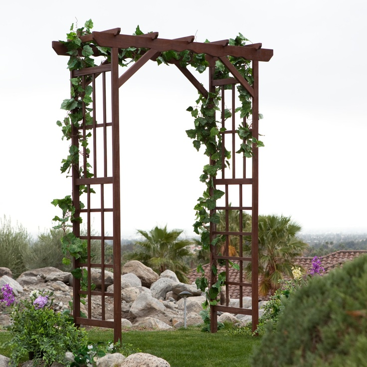 Wedding arbor with grapevine ceremony decorations for Arbor wedding decoration ideas