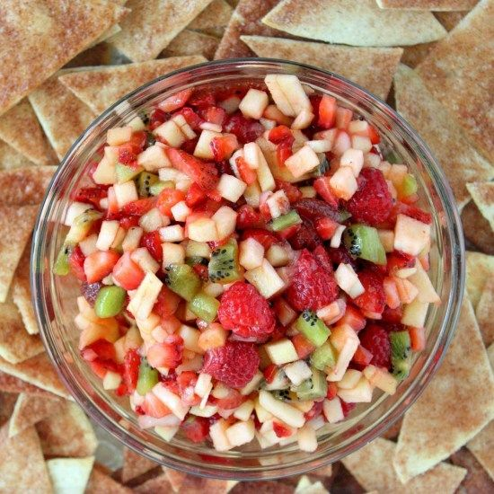ANNIE'S FRUIT SALSA WITH BAKED CINNAMON CHIPS