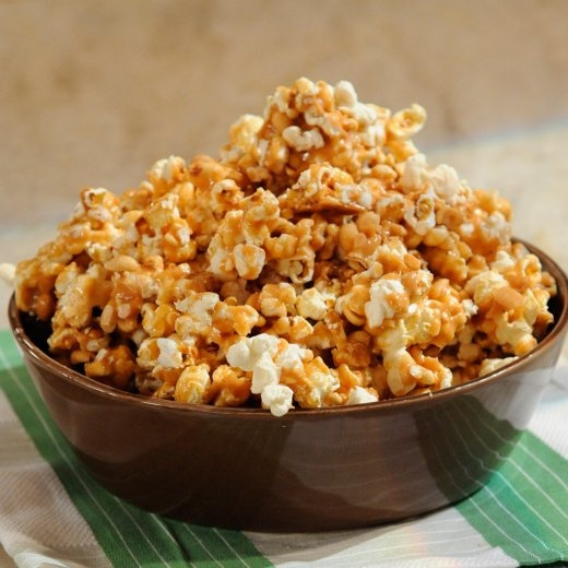 Spicy Caramel Popcorn with Peanuts from Martha Stewart
