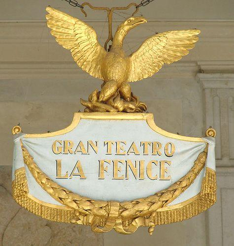 """Le grand théâtre """"La Fenice"""" à Venise     #TuscanyAgriturismoGiratola"""