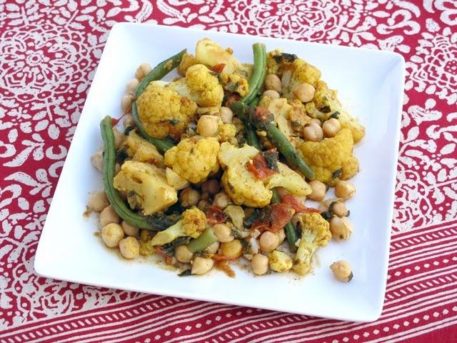 Indian cauliflower and chickpea stir-fry | Vegetarian Eats | Pinterest