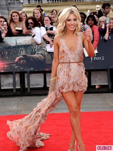 love her dress. love her hair! UHG