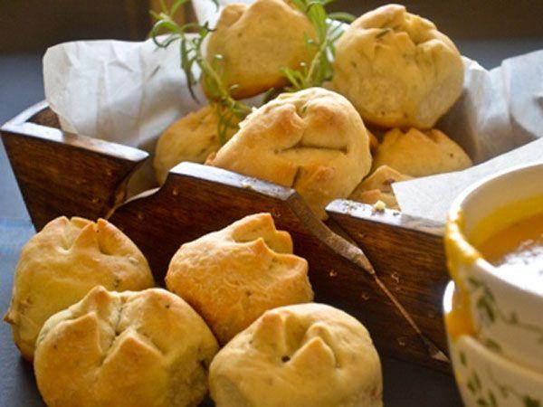 Rosemary and Potato Dinner Rolls | Bread, Buns & Rolls | Pinterest