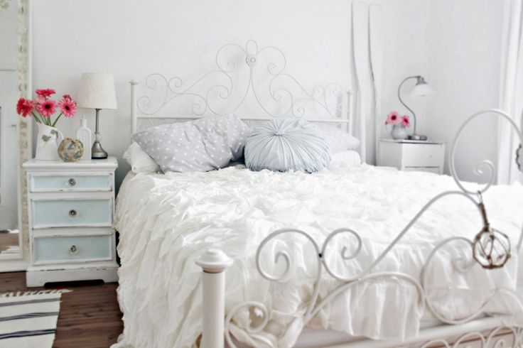 20 all white bedroom design ideas