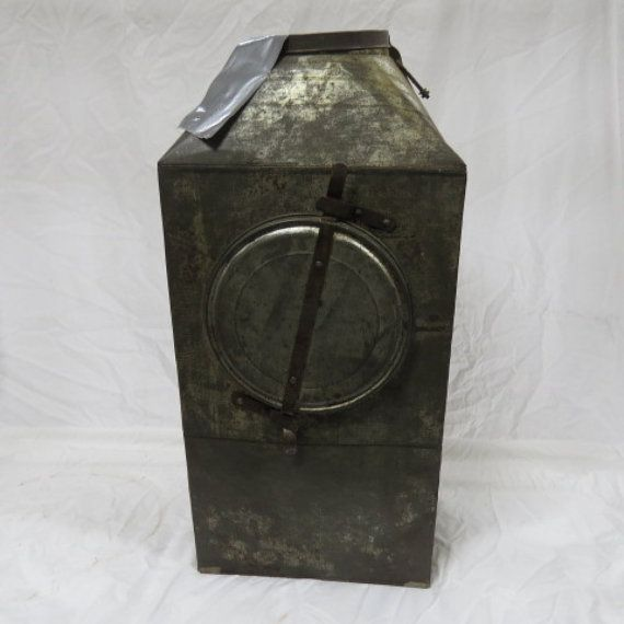 Antique flour bin sifter for hoosier kitchen cabinet for Antique kitchen cabinets with flour sifter