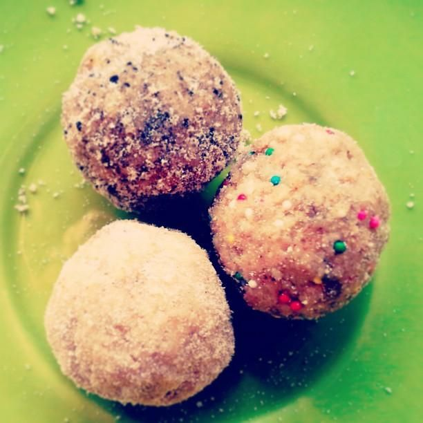 valentine's day mocha cupcakes with mascarpone