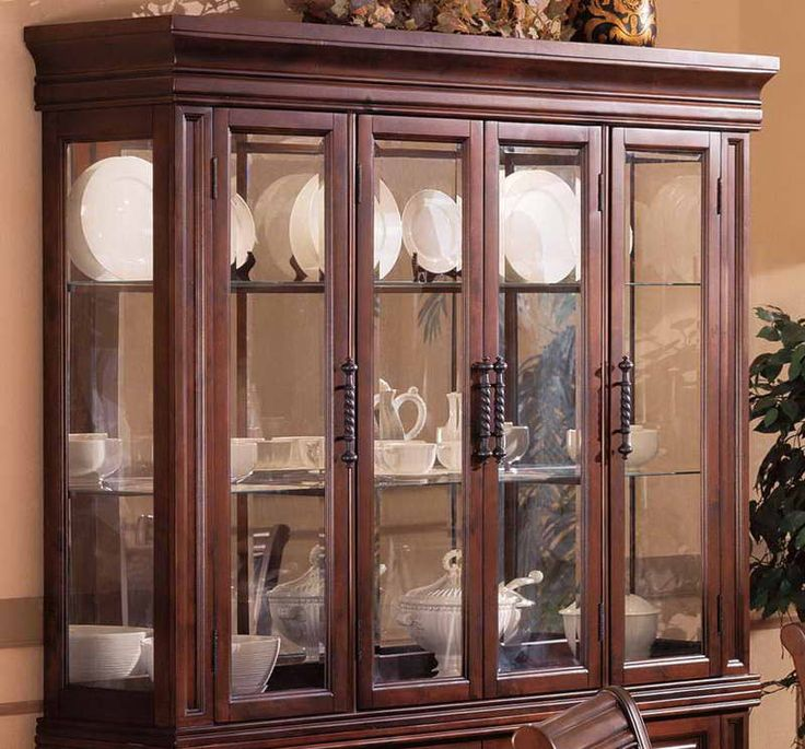 China Cabinet Decor With White Plate Home Lounge Room