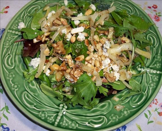 Blue Cheese With Arugula, Caramelized Onions and Nuts from Food.com ...