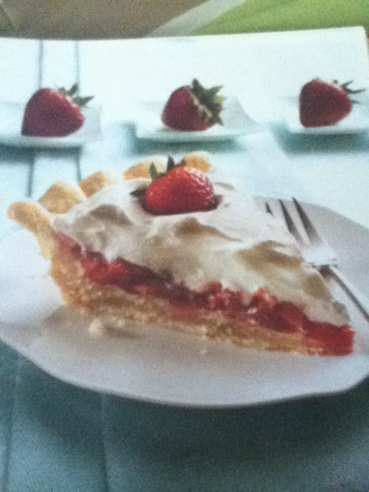 Stuffed-crust strawberry cream pie | Food and Drink | Pinterest