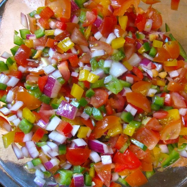 ... jalapeno fresh tomato salsa fresh simple tomato salsa recipe yummly